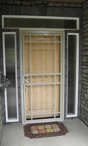 Storm Doors Mascotte Security