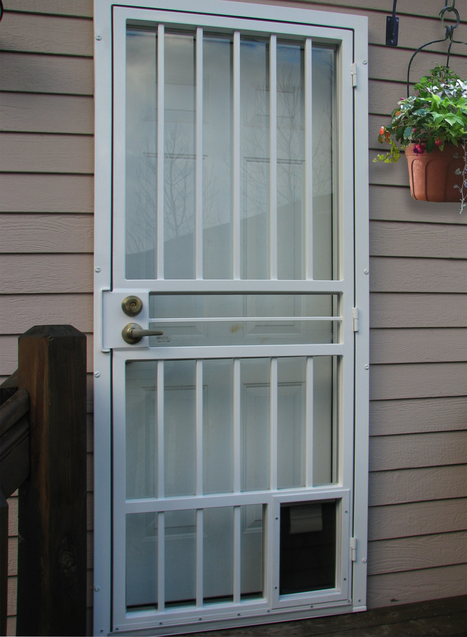 security doors as well zg9vcibzzwn1cml0eq in addition security doors